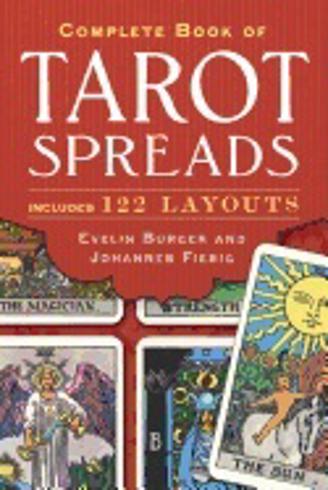 Bild på Complete book of tarot spreads