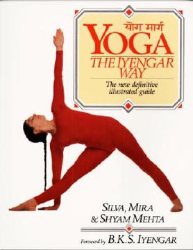 Bild på Yoga:  The Iyengar Way